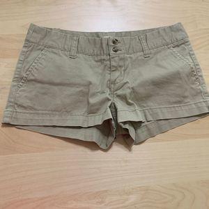 Mossimo Supply Shorts Pockets Flat Front Khaki  3